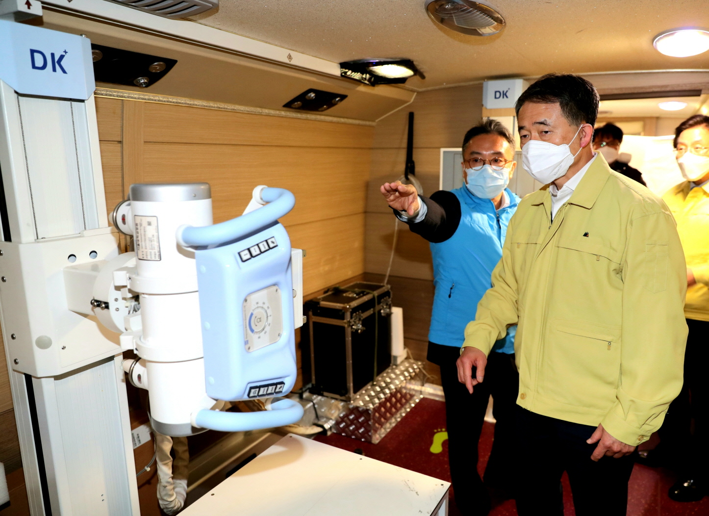 Park Neung-hoo, Vice Head 1 of the Central Disaster and Safety Countermeasures Headquarters, Attends the Opening Ceremony of the Gyeongbuk Daegu 3 Community Treatment Center (Mun-gyeong Seoul National University Hospital Training Center)10