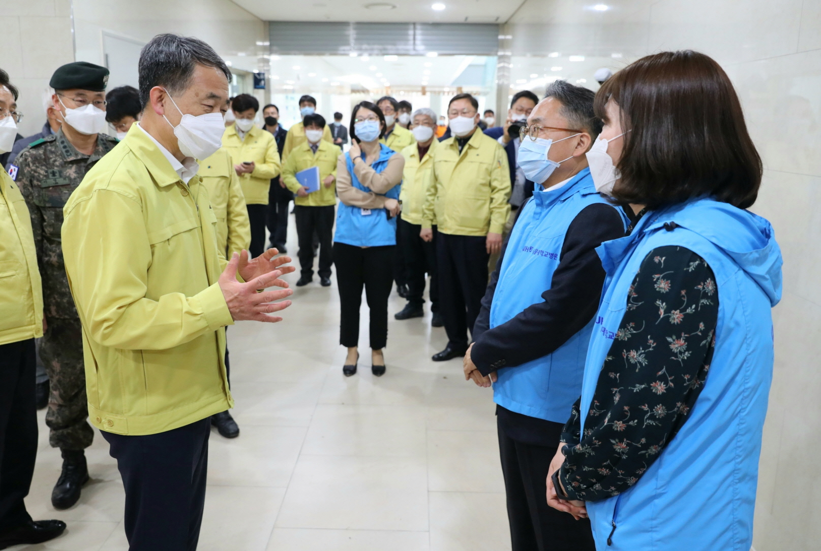 Park Neung-hoo, Vice Head 1 of the Central Disaster and Safety Countermeasures Headquarters, Attends the Opening Ceremony of the Gyeongbuk Daegu 3 Community Treatment Center (Mun-gyeong Seoul National University Hospital Training Center)16